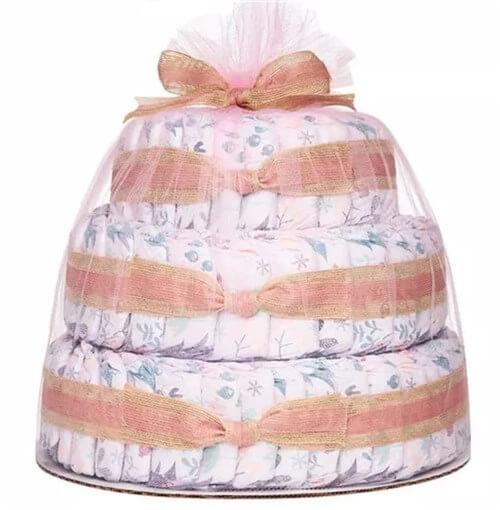 アメリカで買う出産祝い。ダイバーケーキ。おむつケーキ