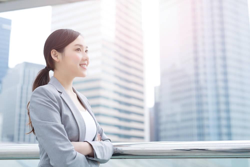 TOEIC780点で海外就職しようと思う女性