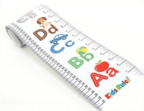 アメリカで買う出産祝い。身長を測るメジャー