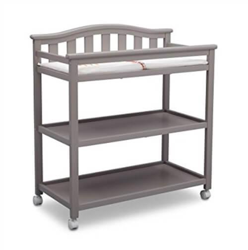 アメリカで一人目出産。必要なかったベビー用品。チェンジングテーブル