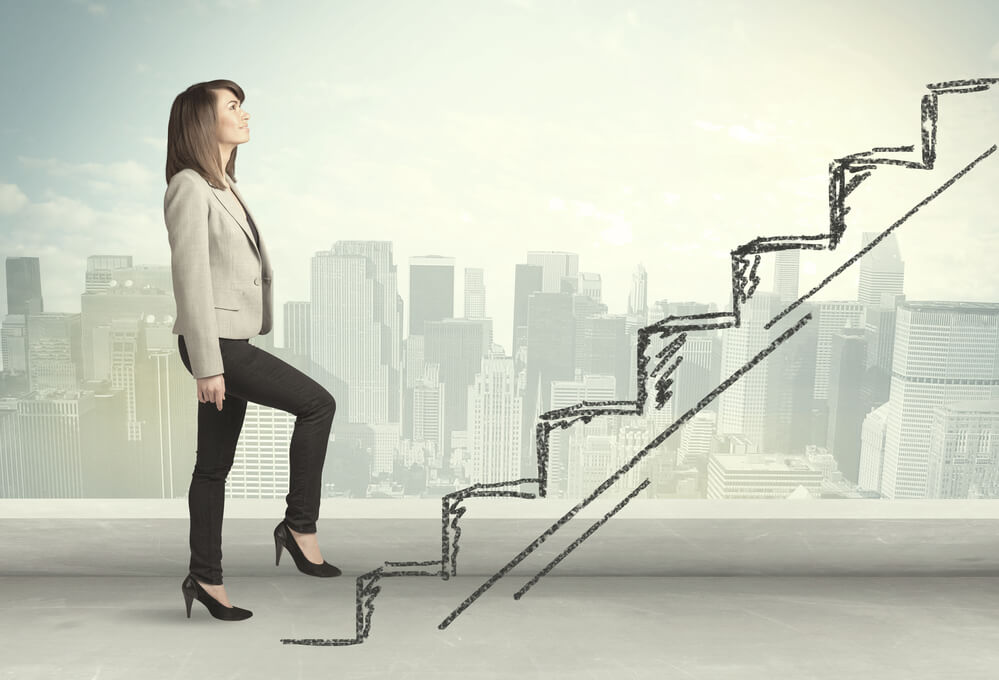 アメリカで就職活動を始める女性