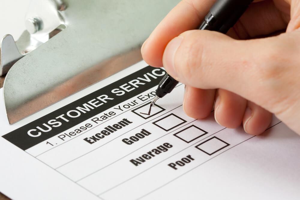 アメリカの覆面調査員としてお店のカスタマーサービスを評価する