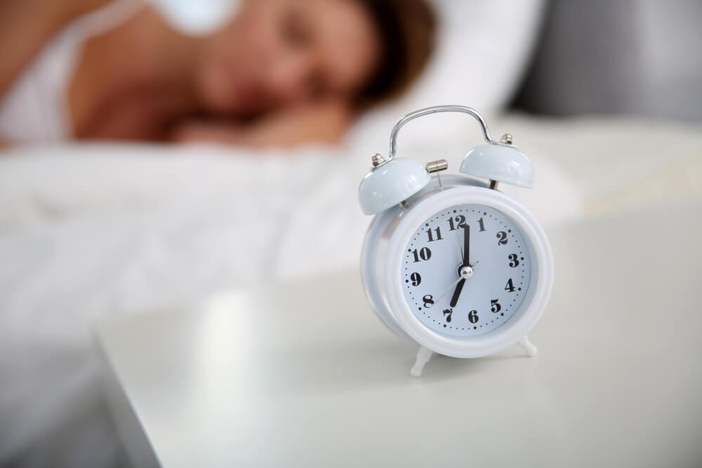 ワーキングマザーの時間術のコツ。十分な睡眠時間をまずは確保する。
