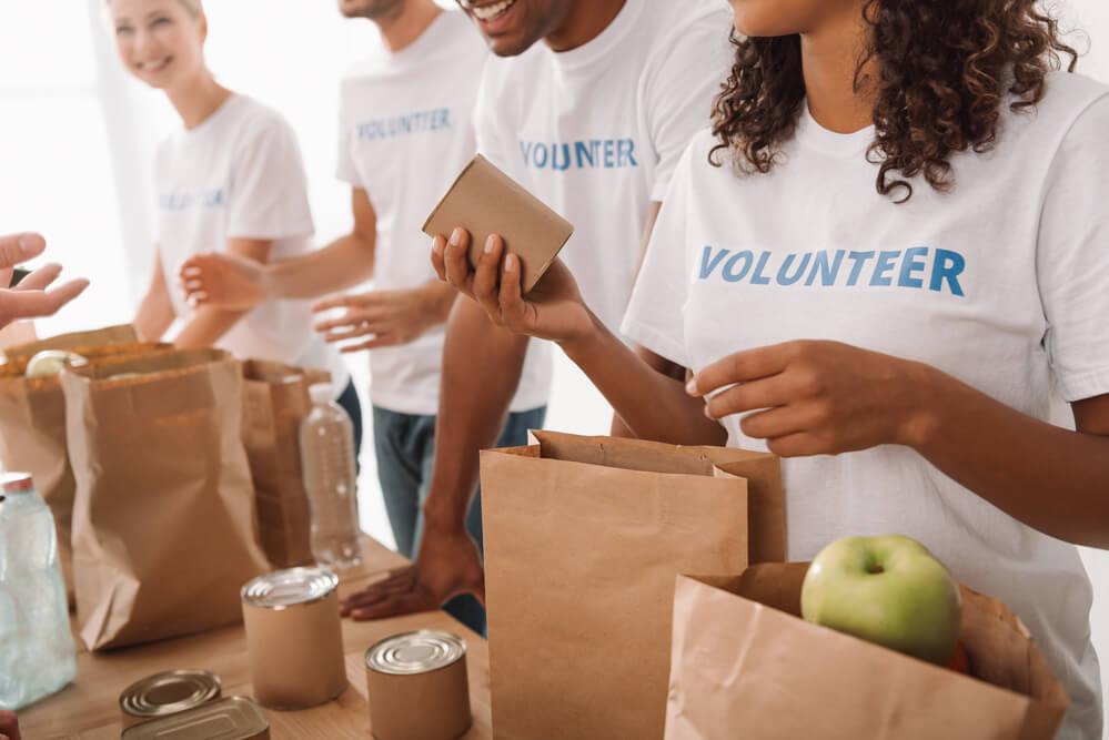 人生の目標、社会貢献、ボランティア